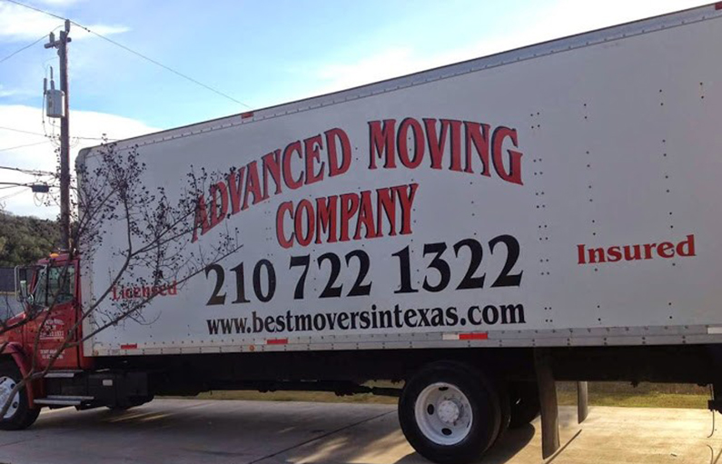 image of moving truck in san antonio texas